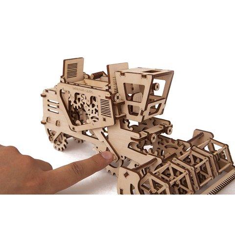 Механический 3D-пазл UGEARS Комбайн - /*Photo|product*/